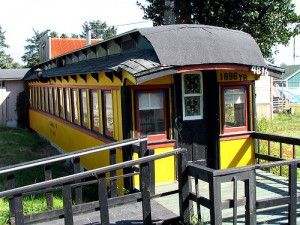 Homes Made From Old Cabooses Crazy Houses Fantasy Homes Unusual Homes