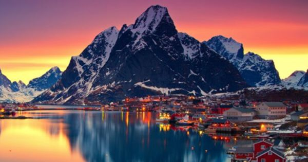 Reflection Midnight Sun Lofoten Norway Places To See Beautiful Norway Wonders Of The World