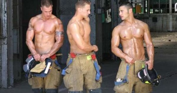 Um now this is my cup of tea! Hot guys AND in