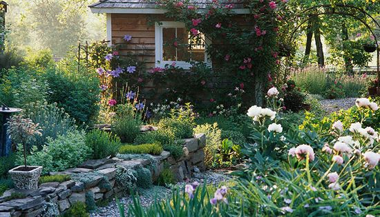 I would love a little cottage like this in my backyard as