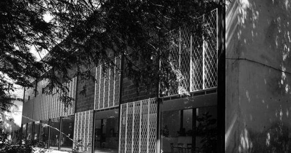 Pac a milano 1947 1954 ignazio gardella immagine for Casa borsalino gardella