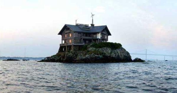 House On A Rock Rhode Island Photo House And Home Pinterest