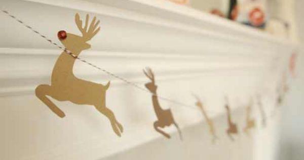 20 Guirnaldas De Navidad Que Puedes Hacer Para Decorar Trucos Y Astucias Guirnaldas De Navidad Murales De Navidad Guirnaldas