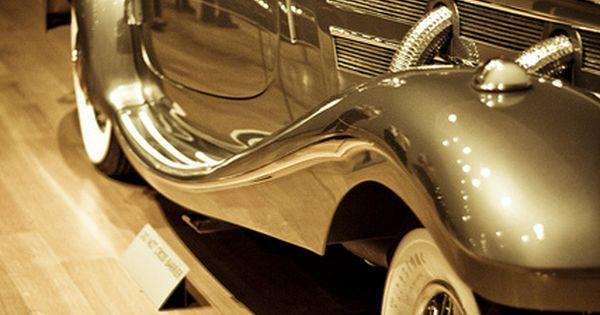 Gold vintage car - sport cars ferrari vs ferrari vs lamborghini luxury