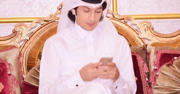 شوف صور جديده صوره الممثل القطري محمد الصايغ Beautiful Face Fashion Chef Jackets