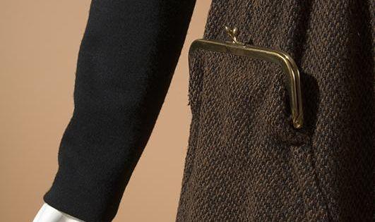 Vintage 1961 Bonnie Cashin dark brown tweed skirt with purse-detail pocket ♥