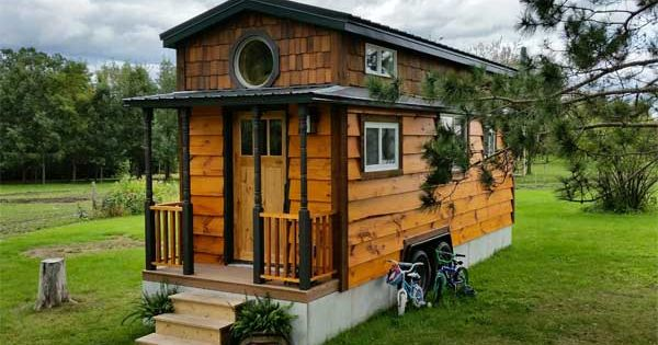 8 tiny houses that have more storage than your house kleines h uschen und h uschen. Black Bedroom Furniture Sets. Home Design Ideas