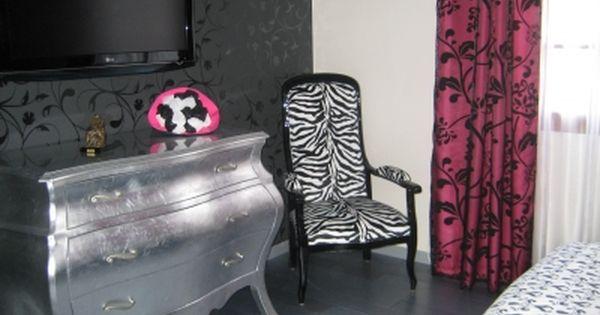 Chambre romantique baroque blanc /noir /fuchsia - - Vous avez une ...