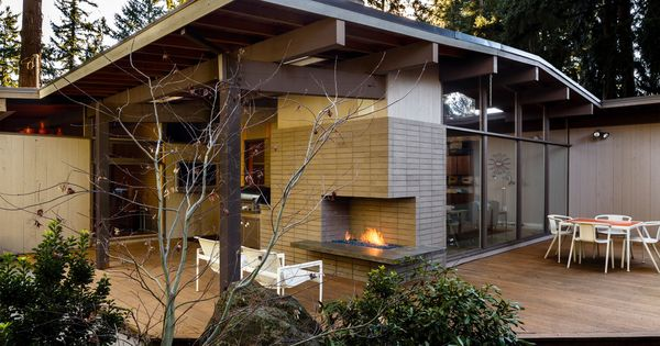 Delightful Outdoor Fireplace Home Designing Tips