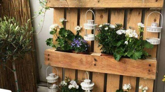 1001 tutoriels et id es pour fabriquer une jardini re en palette jardiniere en palette pots. Black Bedroom Furniture Sets. Home Design Ideas