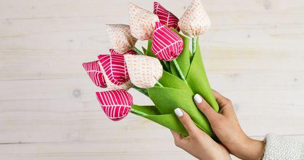 diy anleitung tulpen zum muttertag n hen via diy eule tulpe und nicht vergessen. Black Bedroom Furniture Sets. Home Design Ideas