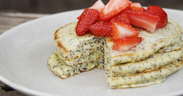 Lemon Poppy Seed Pancakes - possibly as good as Creole Creamery's Lemon