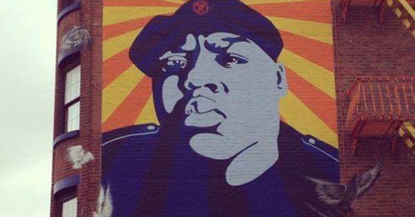 A mural of biggie in fort greene brooklyn fulton street for Biggie smalls mural brooklyn