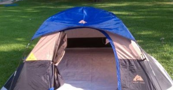 New Never Used Ozark Trail 9x8 Backpacking Tent Sleeps 4 Comes In Its Zippered Easy Compact Carry Case 20 00 Backpacking Tent Tent Ozark Trail