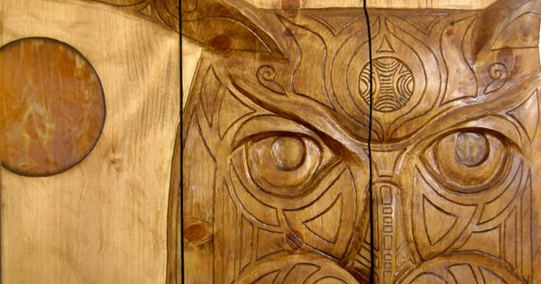 Relief carving owl drywall