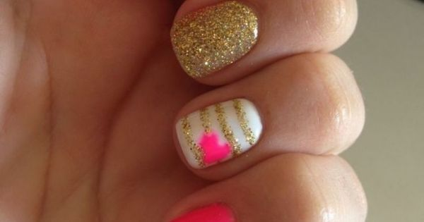 14. Pink and Gold - 24 Fancy Nail Art Designs That You'll