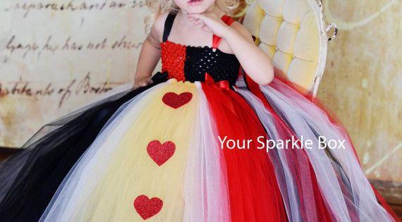 Halloween Costume Idea: Queen of Hearts