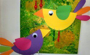 Zwei Quitschbunte Vögel Basteln Frühling Kinder Basteln