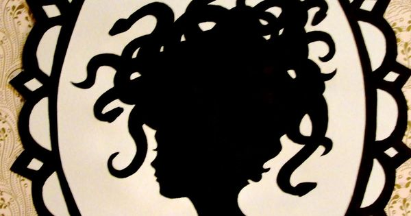 More Halloween silhouettes...Awesome Artist. Great for a Halloween Family Portrait. :)