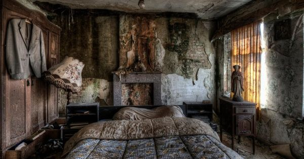 What would you do if you came across an abandoned farmhouse? You'd