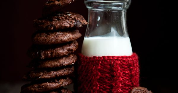 Salted Dark Chocolate Espresso Cookies | Desserts for Breakfast | See more