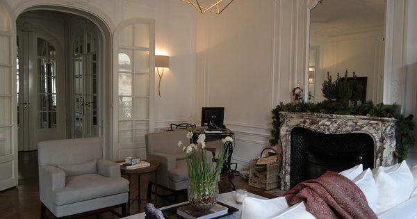 Laura sanders interior design light fixture interiors for David sanders home designs