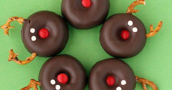 Reindeer doughnuts... cute December special snack!