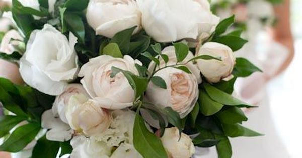 Winter bouquet - Winter Wedding Flowers - The Wedding Connection