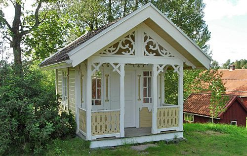 Her favorite little cottage porch gable end windows on for Window scroll function