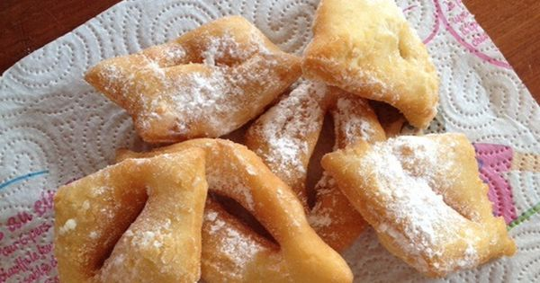 recette de beignets de carnaval ultra moelleux de ma grand m re dessert pinterest beignets. Black Bedroom Furniture Sets. Home Design Ideas