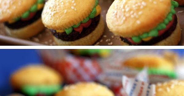 4th of july: hamburger cupcakes