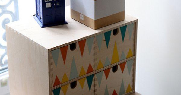 Une planche et deux tr teaux bureaux am lie et bureaux - Ikea planche bureau ...