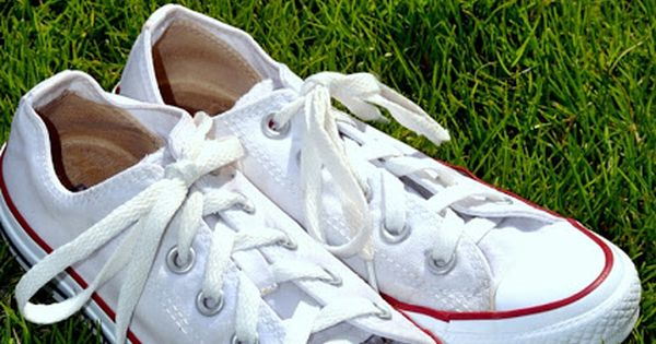 how to clean your white converse or canvas shoes white
