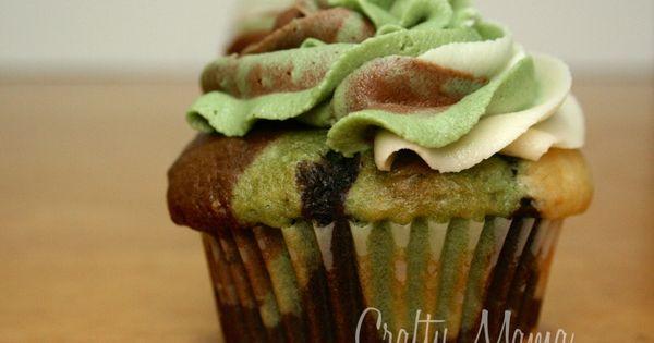 Camouflage Cupcakes –Tutorial!