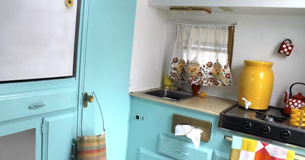 ... vintage trailer, cute vintage trailer, cute vintage camper  Pinterest
