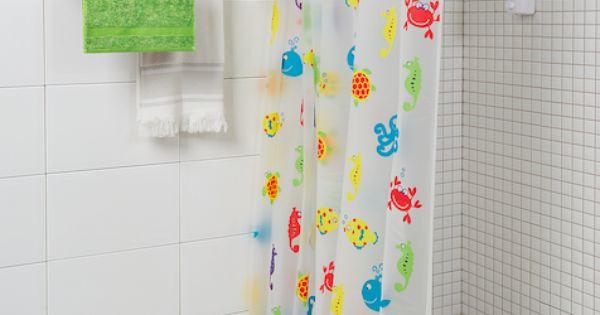 Las cortinas de baño con estampaciones animales son ...