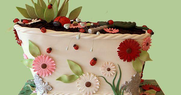 Bathtub full of flowers. Cake.