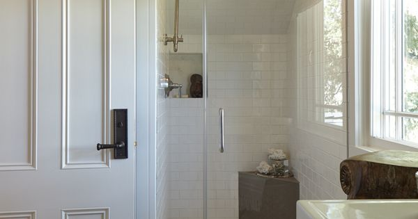 Rough luxe trad home napa valley show house tour part one for 8x4 bathroom ideas