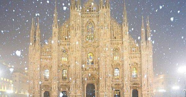 Milan Cathedral (Duomo di Milano) in Milan, Italy More photos: http://plus.google.com/101083856412860506239/