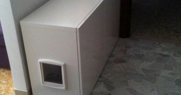 IKEA Hackers: Perfect hiding place for the litter box in the laundry