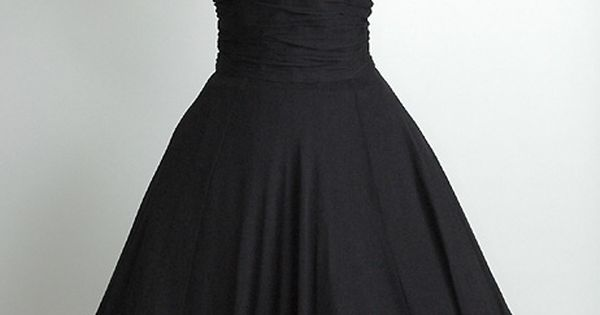 VINTAGE BLACK EVENING DRESS