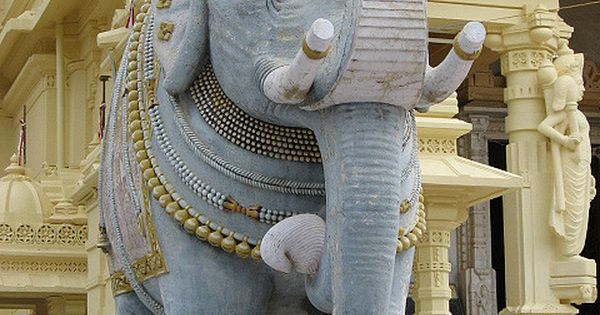 Welcome statue of an elephant at one of the jain temples ...