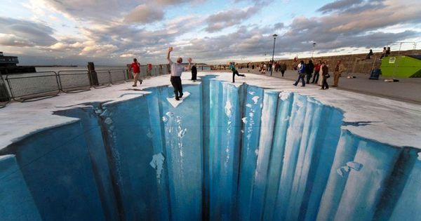 That looks so real 3Dstreetart
