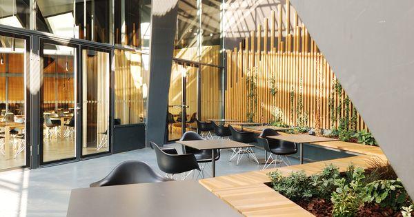 Terraza restaurante edificio caixaforum zaragoza vah for Estudios arquitectura zaragoza