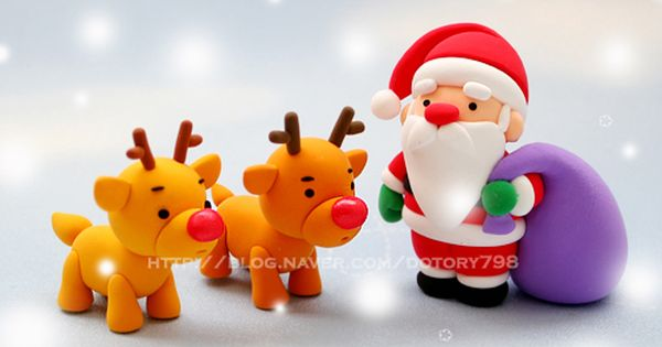 Photo tutorial to make this little Santa and reindeer from fondant/gum paste