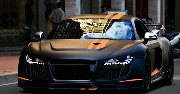Custom matte black & orange Audi R8! I want a matte black