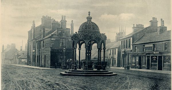 The Jubilee Fountain When It Was At Mill Street Main Street Glasgow Road Cathcart Road Rutherglen Glasgow Architecture Old Time Photos Rutherglen