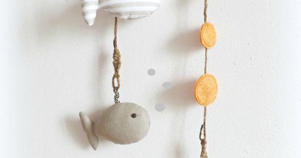 D coration murale chambre d 39 enfant poissons beige taupe for Decoration murale fait main