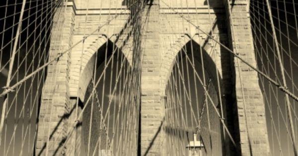 Iconic Brooklyn Bridge photo, NYC, www.RevWill.com