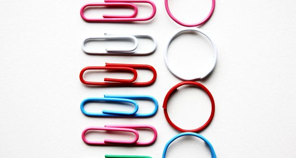Stitch markers. DIY Paperclip Rings - Did you know that paperclips easily